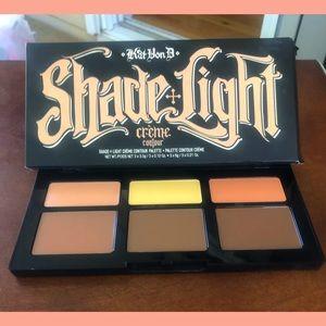 **NEW** Kat Von D  Shade & Light Creme Contour